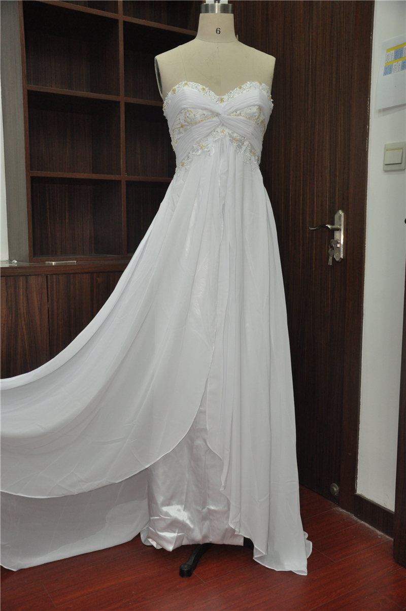 Pretty simple custom wedding dress handmade ball gown for Pretty ball gown wedding dresses